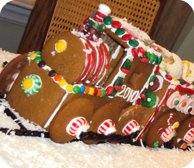 2010 Gingerbread Train Engine