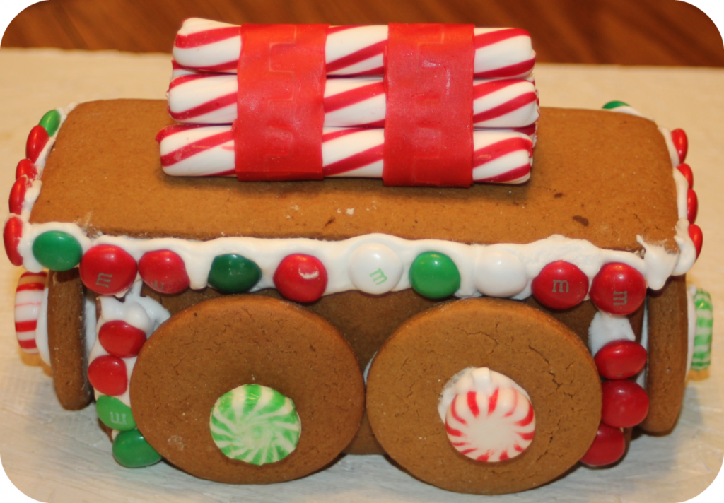 Gingerbread Lumber Car